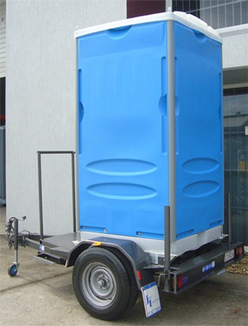Trailer mounted portable toilets merlin portable toilets for Portable bathroom trailers