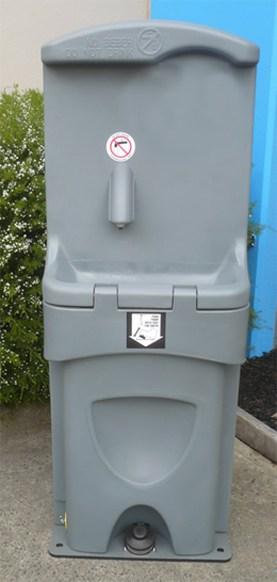 Double Handwash Station